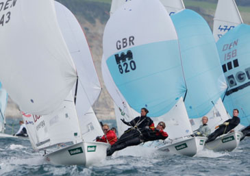 Racing in Weymouth:© onEdition