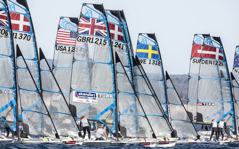 49erFX fleet ready for light wind racing