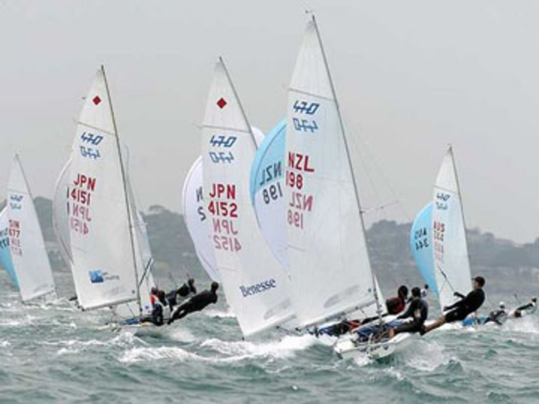 The 470 fleet downwind at Sail Melbourne