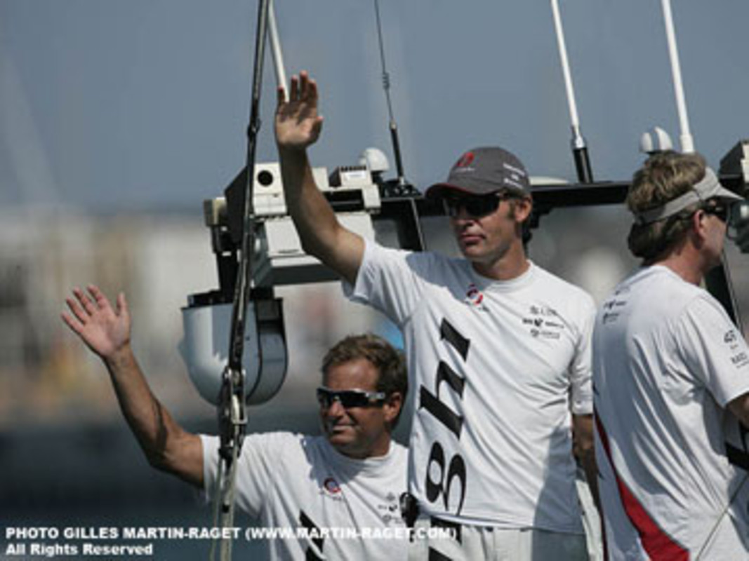 Team boss Ernesto BERTARELLI salutes the Alinghi fans