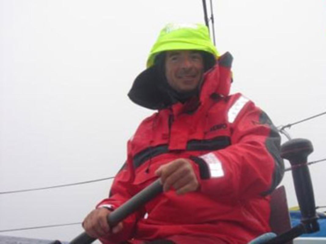 Damian FOXALL at the helm of Paprec-Virbac 2