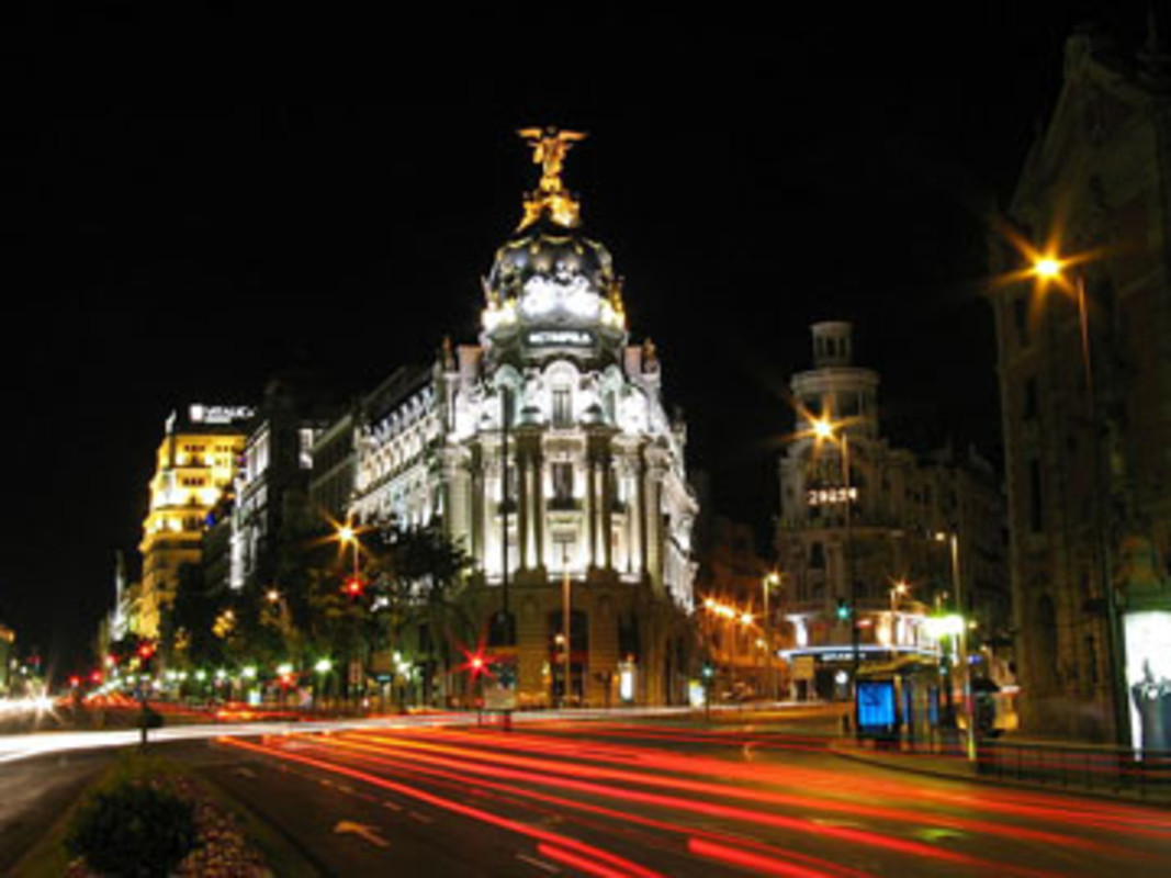 ight view of the Calle de Alcala in Madrid