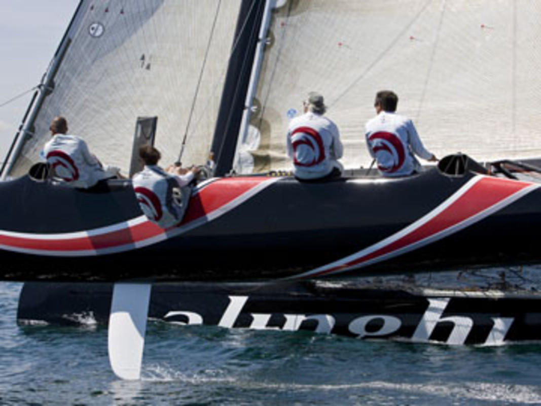 Alinghi training in Valencia