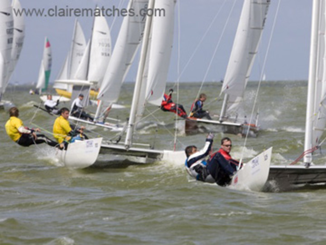 action from the 2008 Dart 18 Worlds