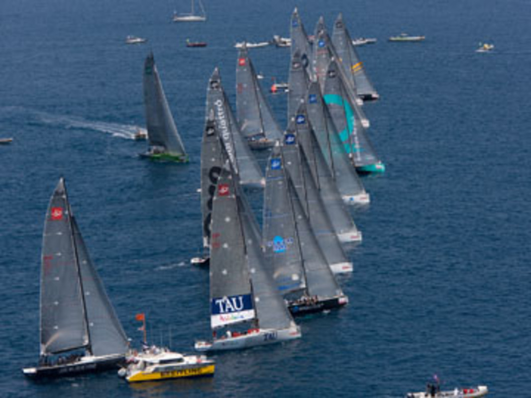 The start of race 1 in Alicante