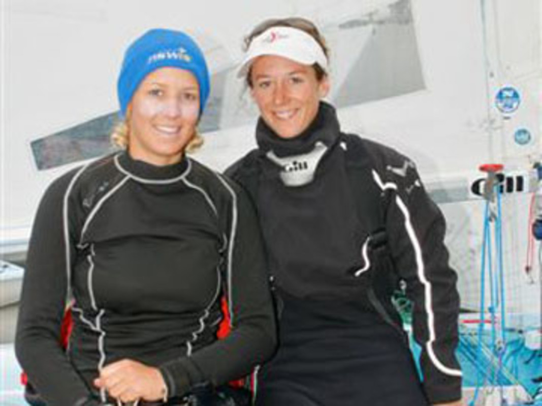 Michelle MULLER and Laura BALDWIN