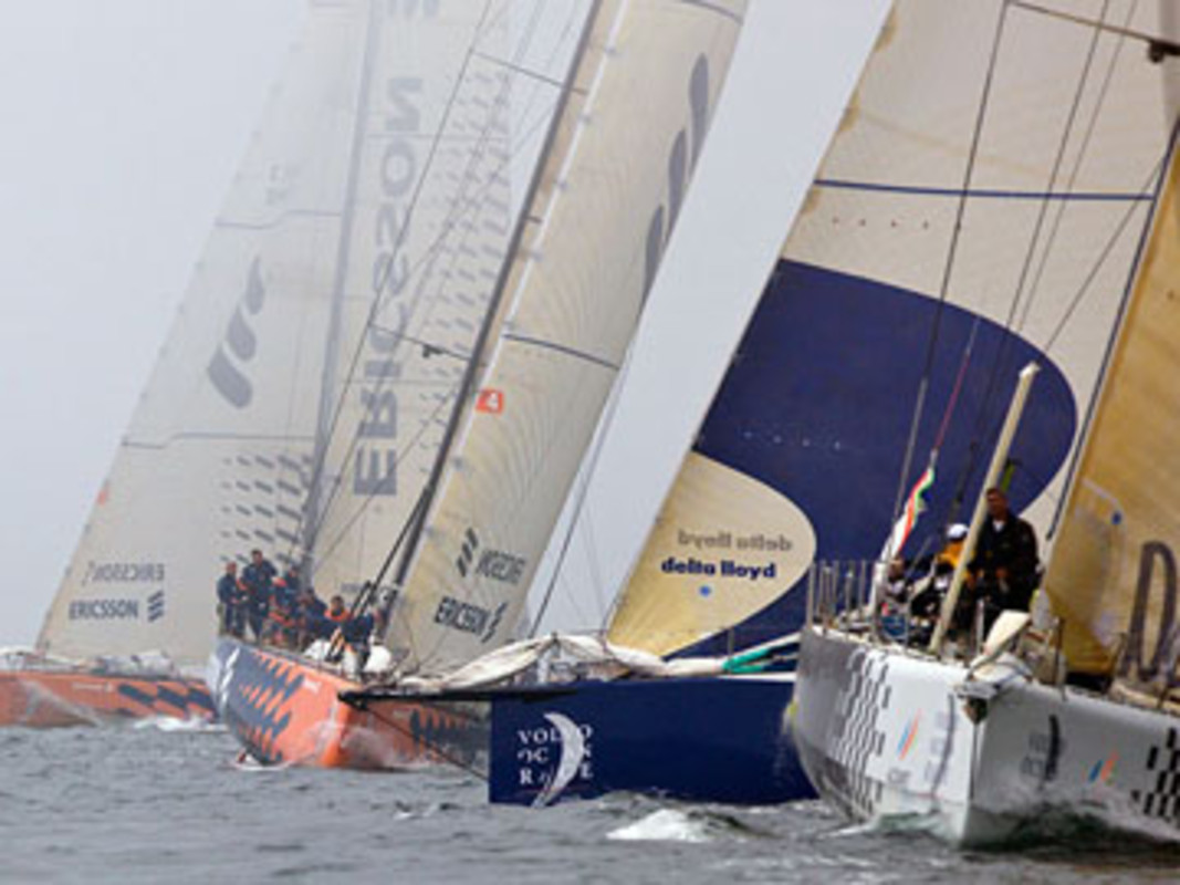 Telefonica Blue leads the way with Delta Lloyd and the Ericsson boats chasing
