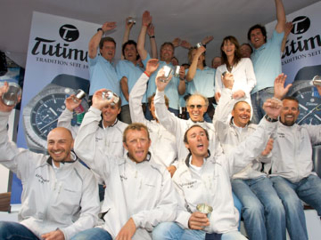 The X-Yachts crews of Lelagain and König & Xie celebrate