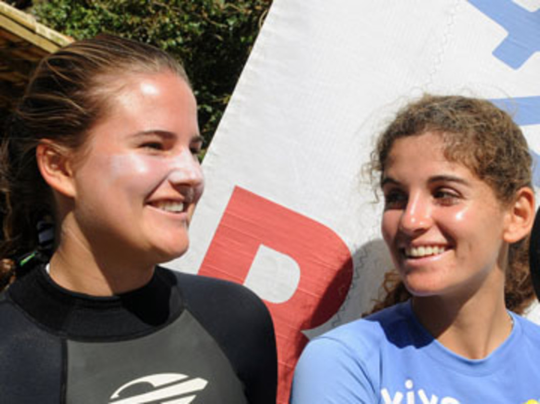 (l-r) Kahena KUNZE and Martine GRAEL of Brazil