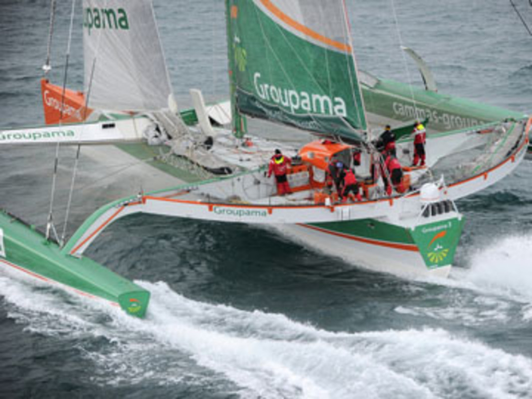 Groupama 3 in action