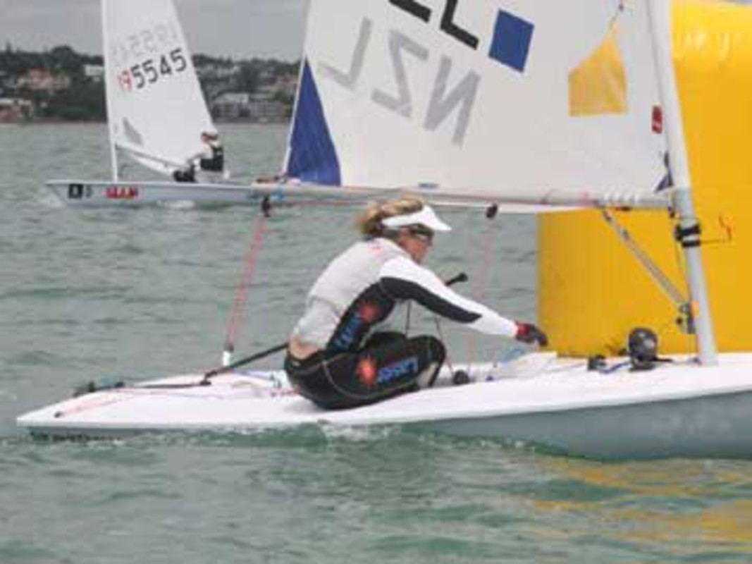 Sara Winthers at Singapore Airlines Sail Auckland