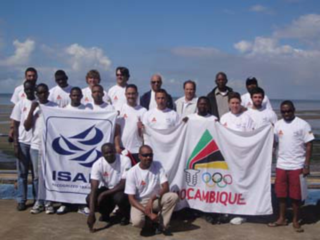 Level 3 Course candidates and ISAF Trainers in Maputo.