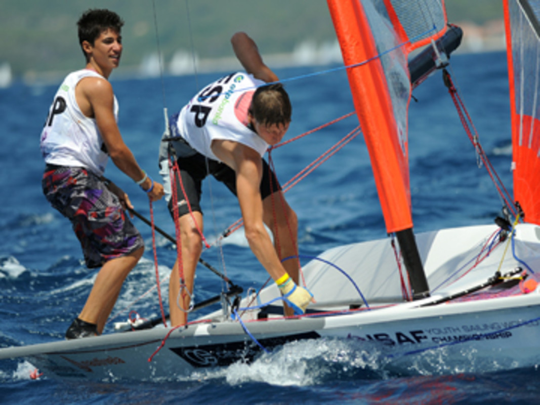 Carlos Robles And Florian Trittel (ESP) On Their Way To 2011 29er Gold