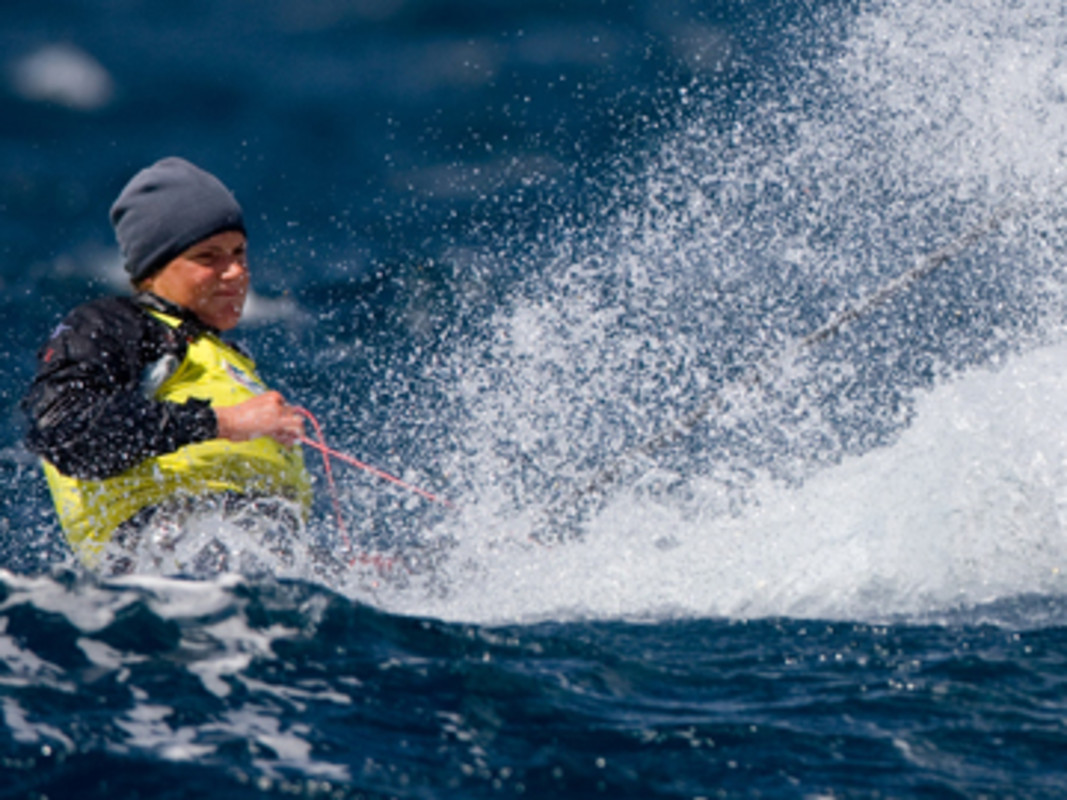 Alison Young (GBR) continues to lead the Radial