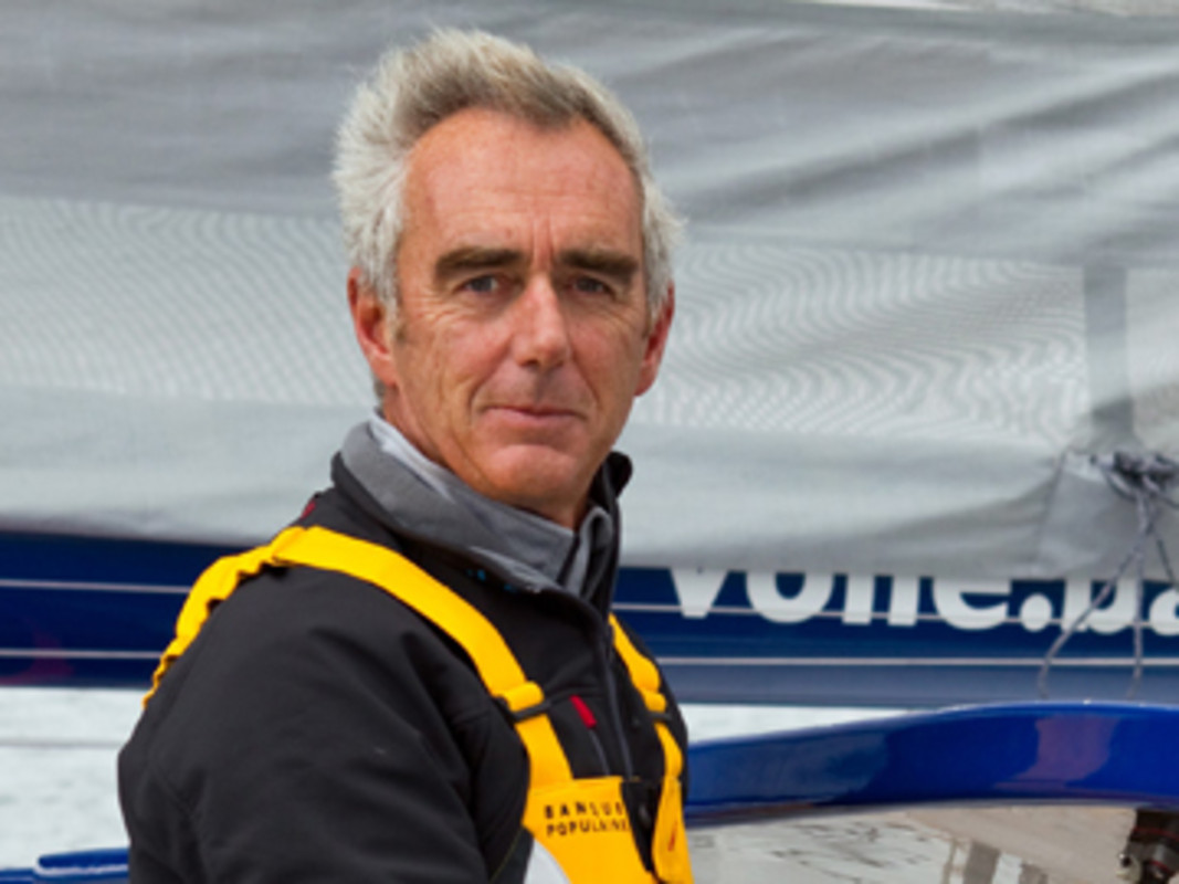 Loick Peyron at the Banque Populaire V helm