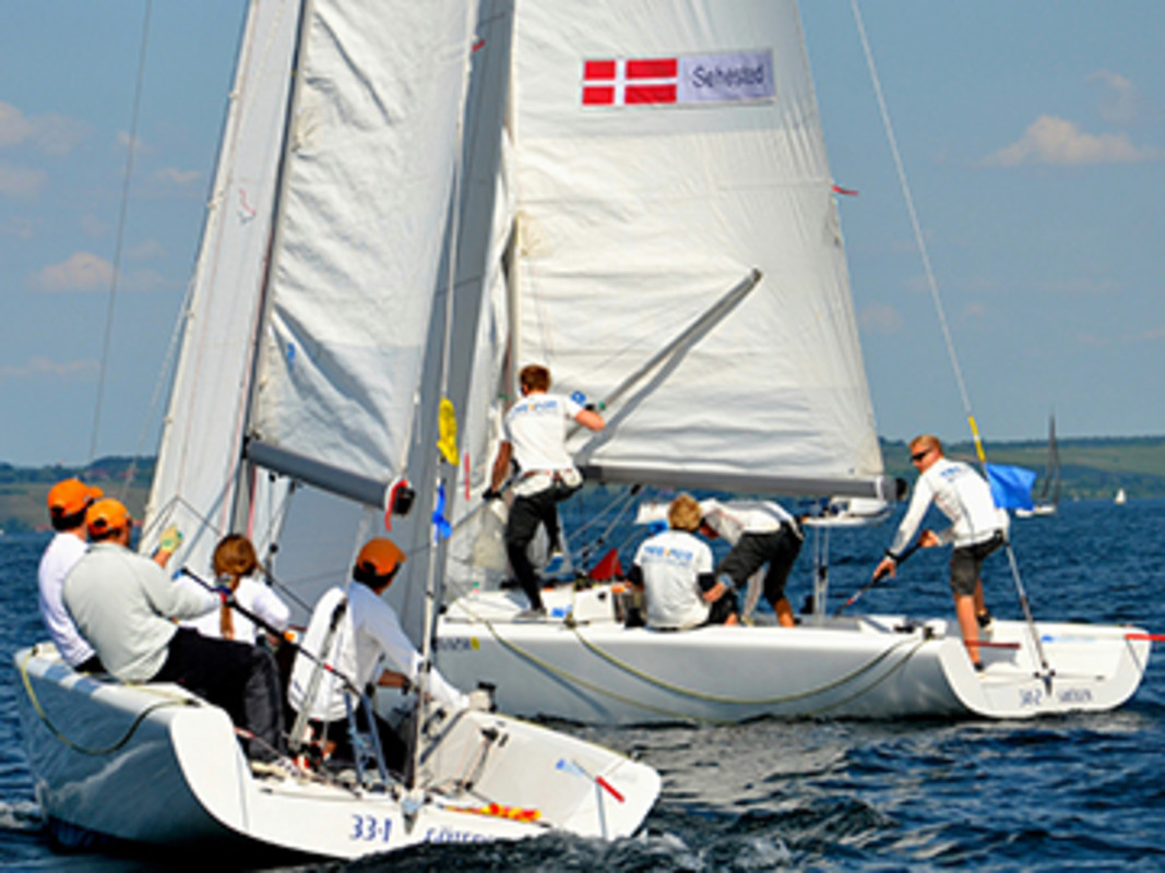 Danish and Swiss teams duel on Lake Constance