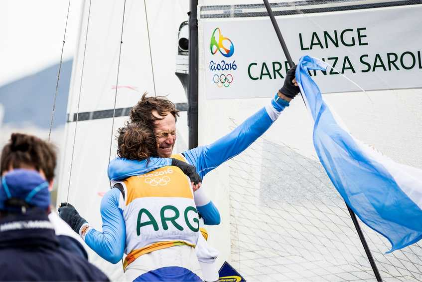 Emotional Nacra gold for Argentina, first ever sailing medal for Croatia