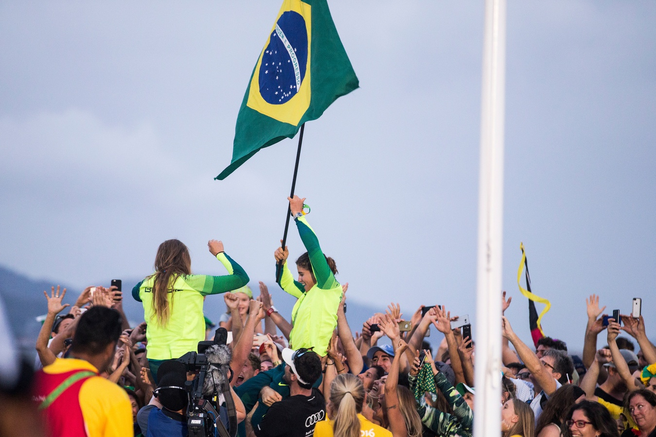Brazil clinches 49erFX gold by just two seconds