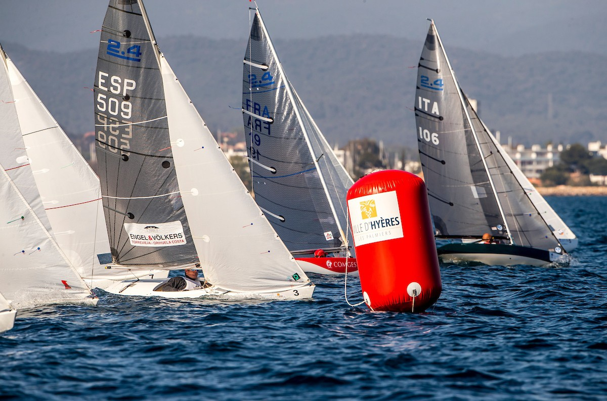 Day #5 Morning Report - How to Follow World Cup Series Hyères