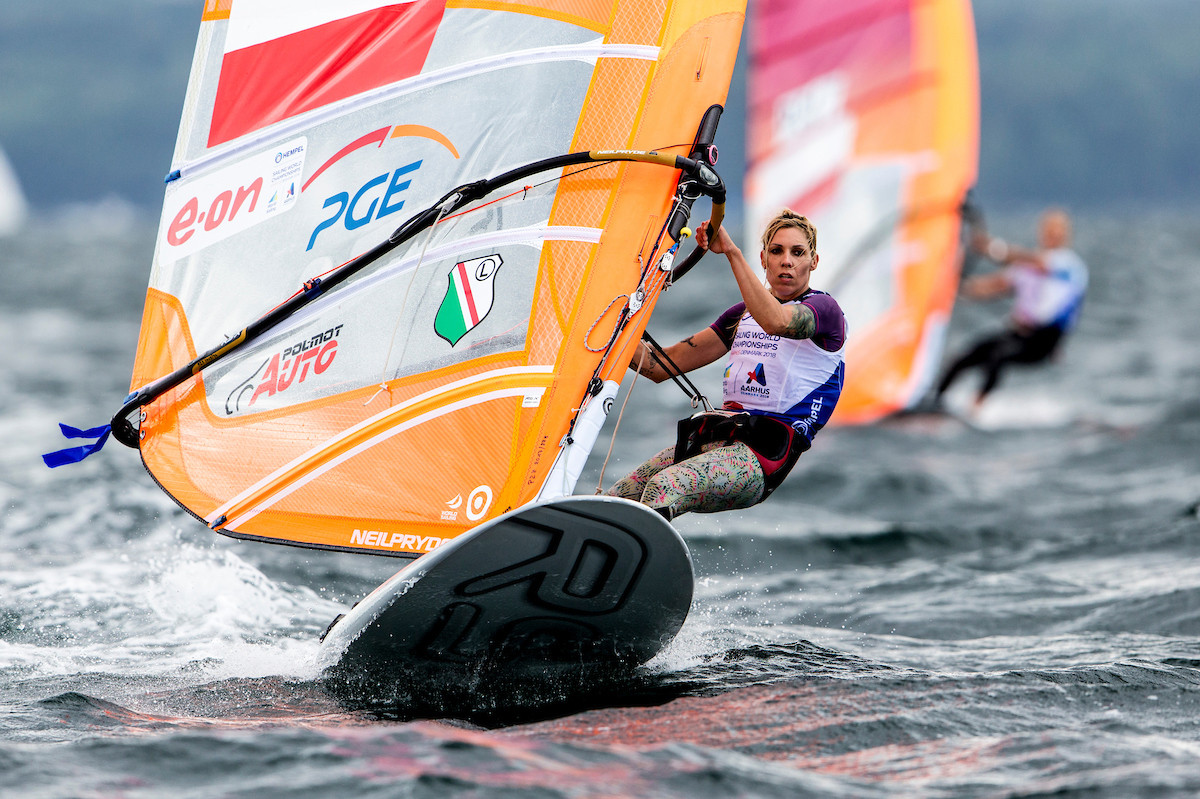 Windsurfers begin mother of all battles on Super Sunday