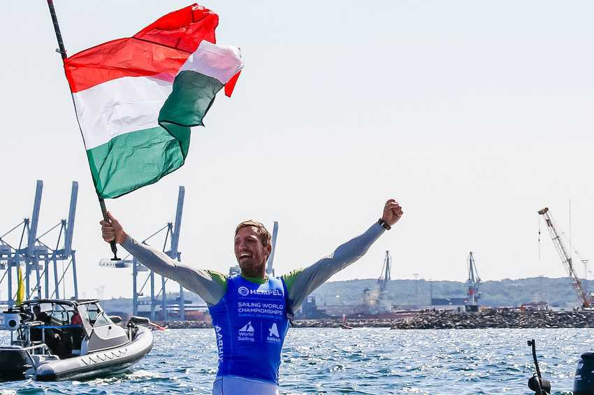 Berecz claims first Hungarian gold on day of upsets in Aarhus