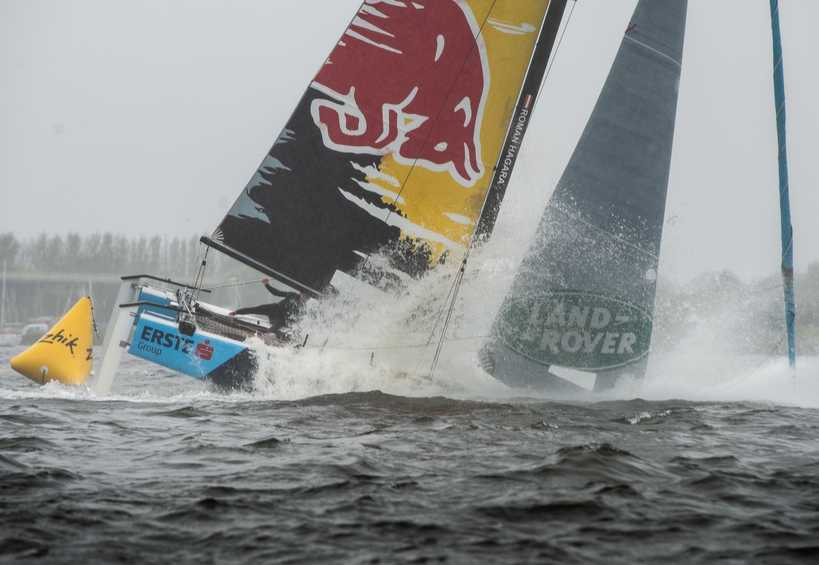 Dramatic double capsize on penultimate day of Extreme Sailing Series Cardiff
