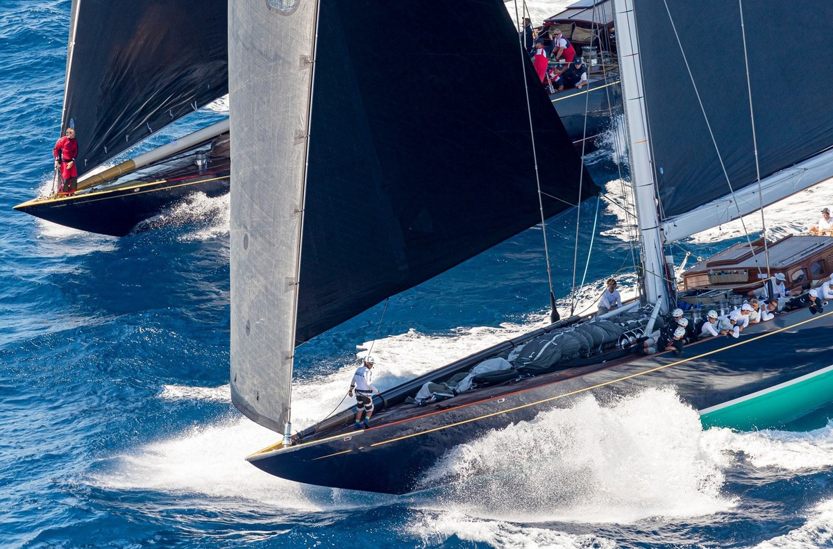 The two J Class entries in Supermaxi, Topaz and Velsheda, hit the start line at speed