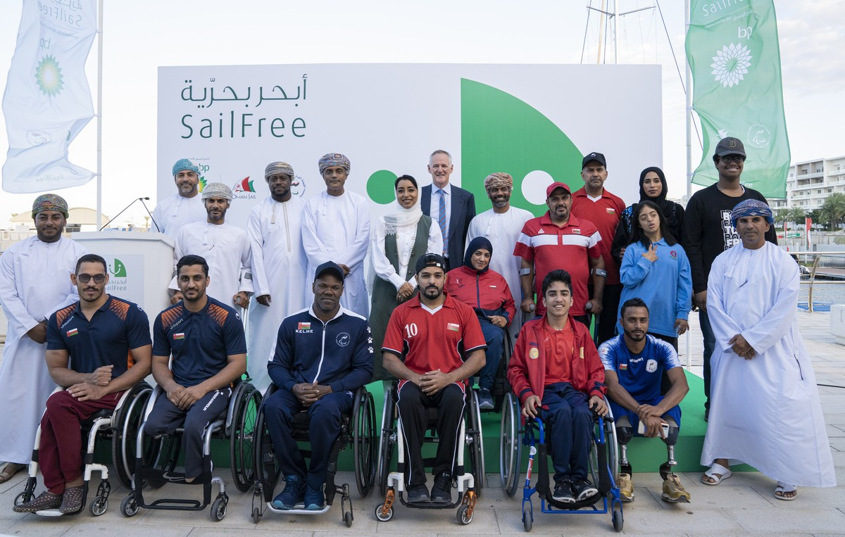 Oman leads the way in Middle East with region's first para-sailing programme