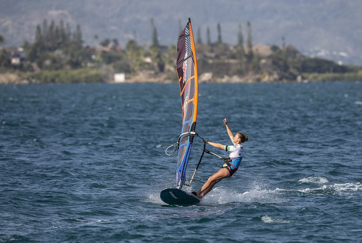 Delphine Cousin Questel claims her fourth world title