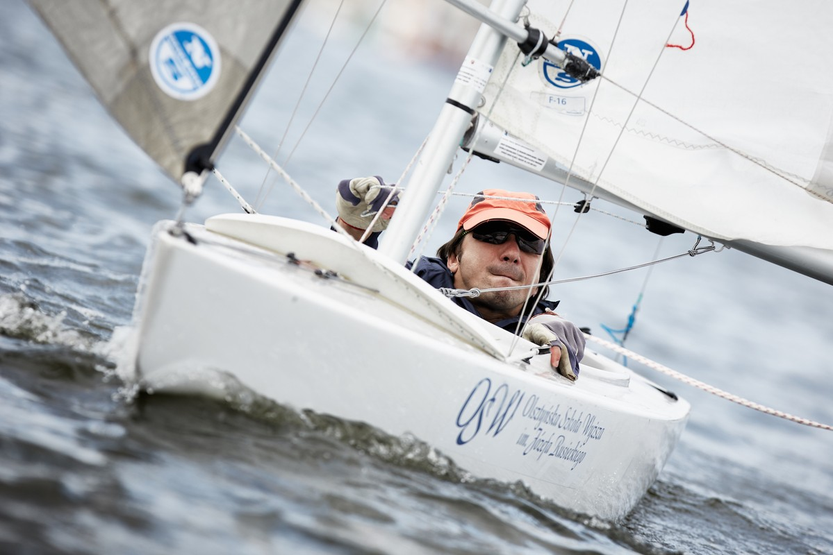 2.4 Norlin OD sailing at a Paralympic Development Program clinic