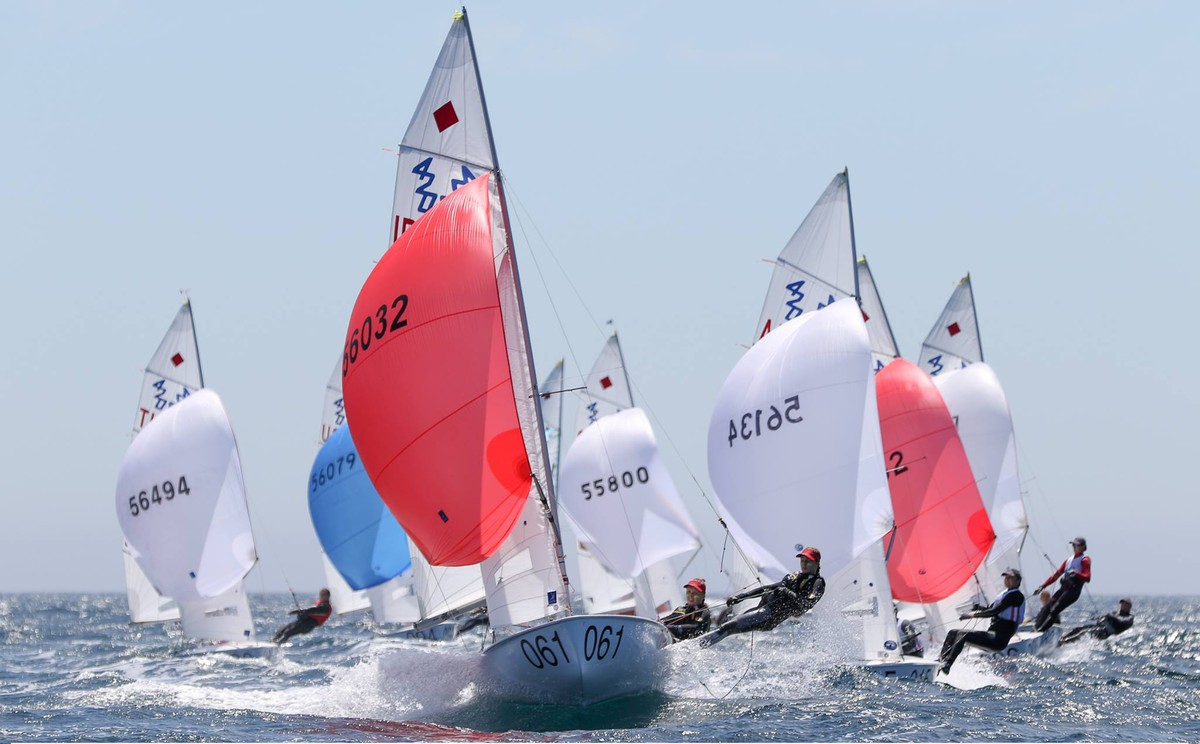 470 medal race line-up decided and leaderboard wide open going into Final Day