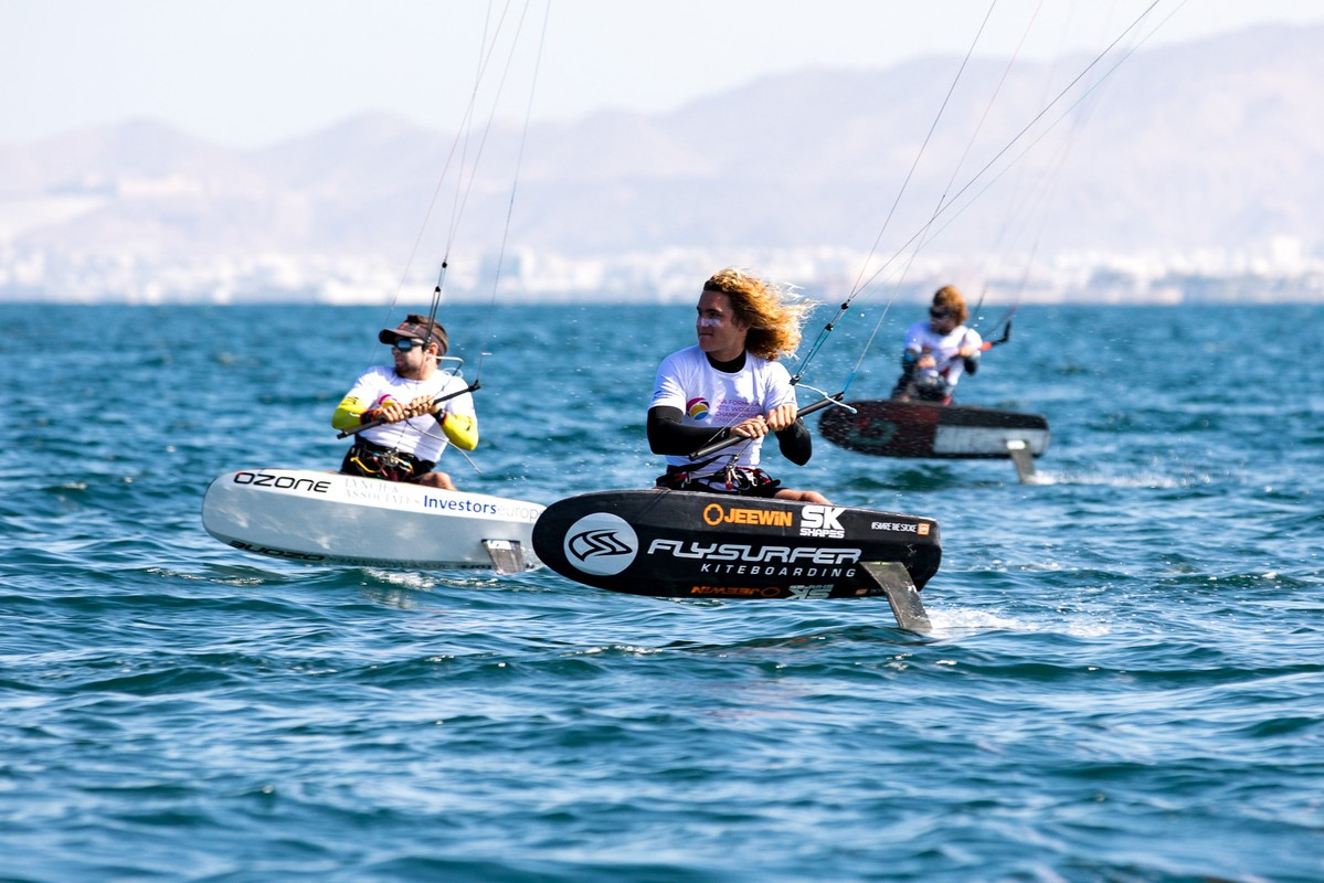 Intense clashes as racers push for Medal Series at Oman Formula Kite Worlds