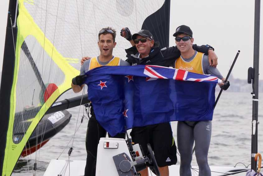 NEWSFLASH - Burling and Tuke wrap up Kiwi 49er gold with the Medal Race to spare