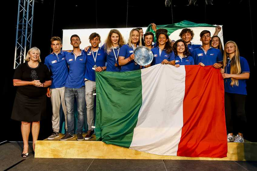 Italians lift Nations Trophy to close Aon Youth Worlds