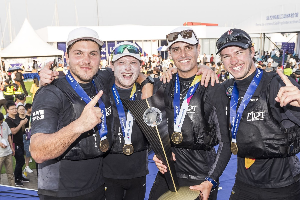 Torvar topples Robertson to win his first World Title - WMRT
