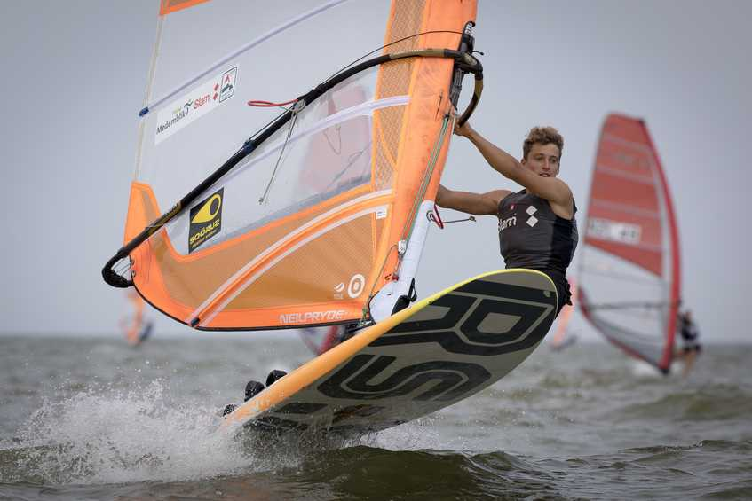 Steady winds and foiling conditions at third day of the Medemblik Regatta