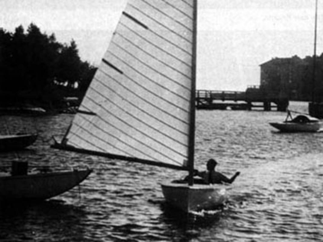 The first Finn in 1949 sailed by Rickard SARBY