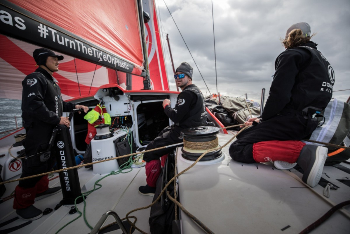 Brunel and Dongfeng in see-saw battle for the lead