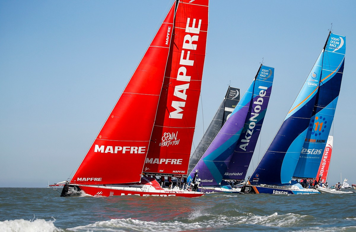MAPFRE wins in Itajaí to extend In-Port Series lead
