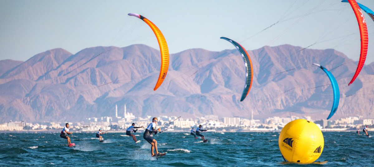 Leaders tighten grip on top spots in stellar conditions - Formula Kite Worlds