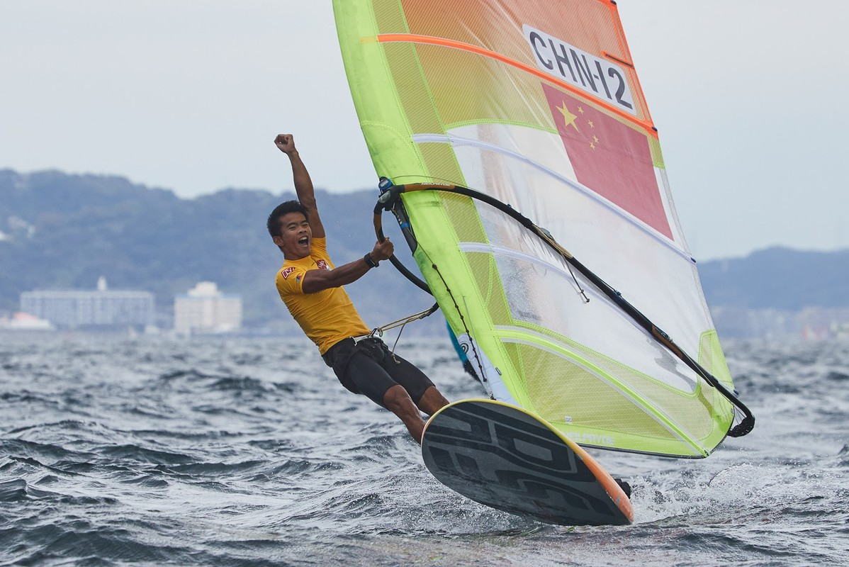 Thrilling Final Day at RS:X Worlds